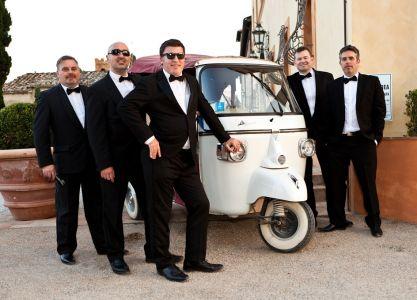 Wedding bands Ireland steal a car