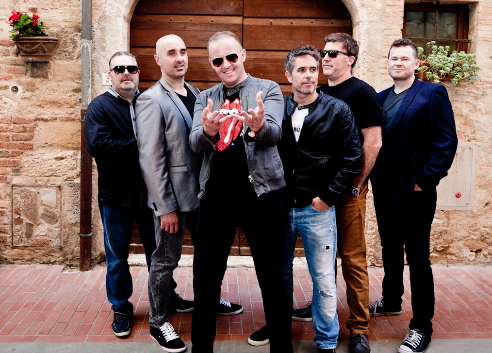 Weding Band At Castelano Davinci